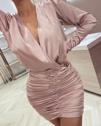 Autumn Pink V-neck Long Sleeved Pleated Dress Nihaostyles Wholesale Clothing  NSAM82957