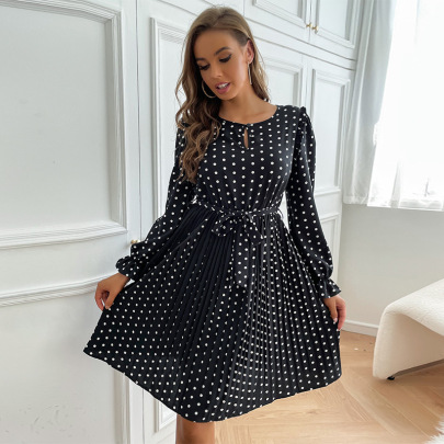 Round Neck Hollow Trumpet Sleeve Polka Dot Pleated Lace-up Dress Nihaostyles Wholesale Clothing NSDMB85147
