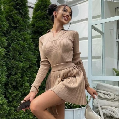 Knitted Solid Color Long-sleeved Top Pleated Skirt Two-piece Set Nihaostyles Clothing Wholesale NSHML85487