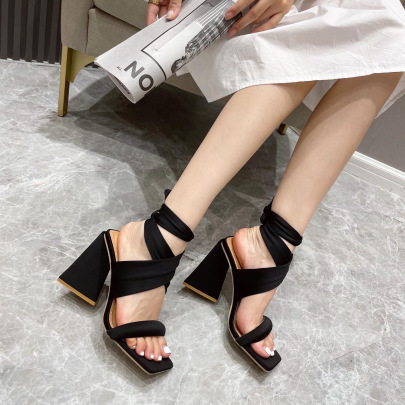 Women's Retro Straps Triangle High Heel Sandals Nihaostyles Wholesale Clothing NSSO81727