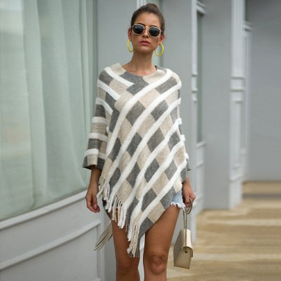 Fringed Plaid Knitted Cloak Shawl  Nihaostyles Wholesale Clothing NSMMY82822