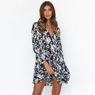 V-neck Printed Loose Dress Wholesale Women's Clothing Nihaostyles NSXMI67975