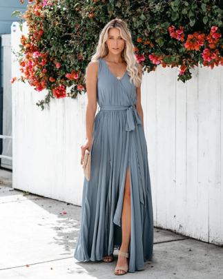 Nihaostyle Clothing Wholesale Summer Solid Color V-neck Mid-waist Sleeveless Dress NSOUY65687