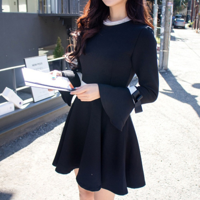 Wholesale Women's Clothing Nihaostyles Color Matching Small Fragrance Wind Waist Bow Trumpet Long-sleeved Dress NSXIA66264