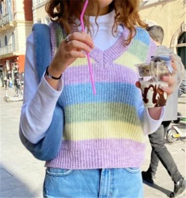 Nihaostyle Clothing Wholesale V-neck Striped Knit Vest NSHS66350