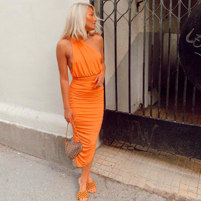 Wholesale Clothing Vendors Nihaostyles Solid Color Fashion Folds Open Back Casual One-shoulder Long Dress NSHLJ66436