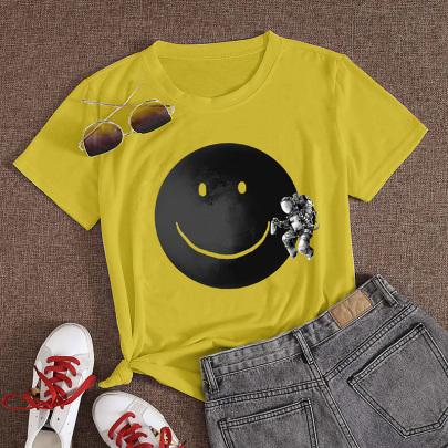 Wholesale Clothing Nihaostyles Cartoon Astronaut Graffiti Smiley Print Casual Short-sleeved T-shirt NSYAY67091