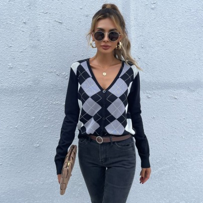 Women's Long-sleeved Diamond Plaid V-neck Knitted Cardigan Nihaostyles Clothing Wholesale NSDMB73690