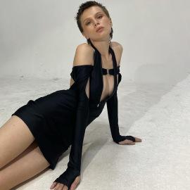 Long-sleeved Hanging Neck Hollow Low-cut Backless Slim Dress Nihaostyles Wholesale Clothing Vendor NSXPF74023