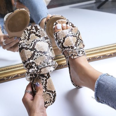 Women's Metal Buckle Flat Slippers Nihaostyles Clothing Wholesale NSCRX71308