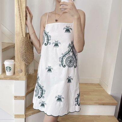 Women's Retro Embroidery Mini Sling Dress Nihaostyles Clothing Wholesale NSAM72077