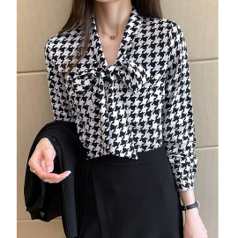 Women's Houndstooth Tie Bow Loose Polka Dot Shirt Nihaostyles Clothing Wholesale NSJIM72994
