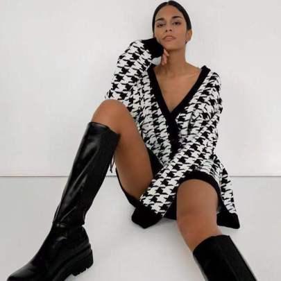 Loose V-neck Houndstooth Long Sleeve Knit Cardigan Jacket Nihaostyles Wholesale Clothing Vendor NSJIN72657