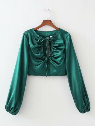 Women's V-neck Lace Lantern Sleeve Short Top Nihaostyles Wholesale Clothing NSAM78515