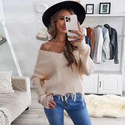 Autumn And Winter Women's Tassel Hem Deep V-neck Solid Color Sweater Nihaostyles Wholesale Clothing NSSI79470