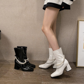 Pearl Chain Thick High-heeled Patent Leather Boots Nihaostyles Clothing Wholesale NSCA77634