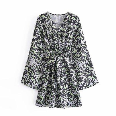 Women's Long Sleeve V-neck Green Leopard Print Dress Nihaostyles Clothing Wholesale NSAM78138